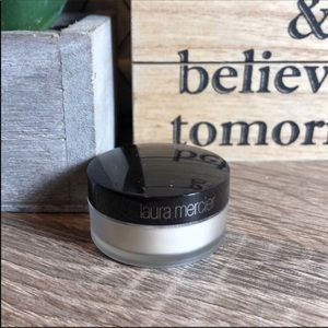 LAURA MERCIER Translucent Setting Powder Sample